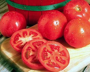 Rutgers Tomatoes whole and sliced